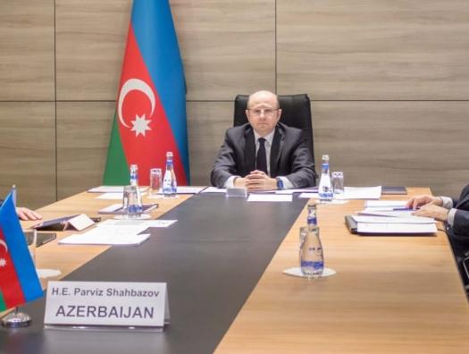 Азербайджан согласился сократить добычу нефти