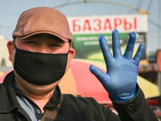 Кыргызстан тонет и просит помощи