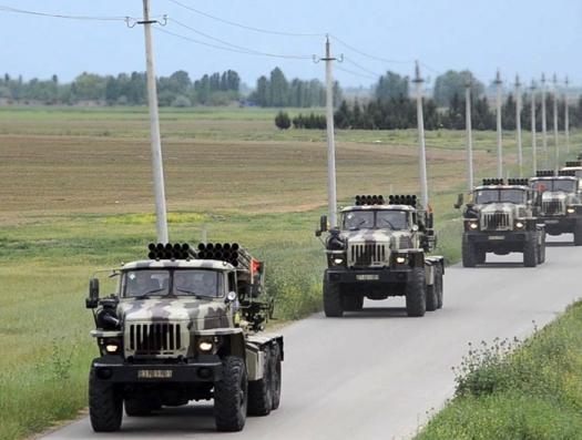 Азербайджан продолжает военные учения. Выдвинуты ракетные комплексы