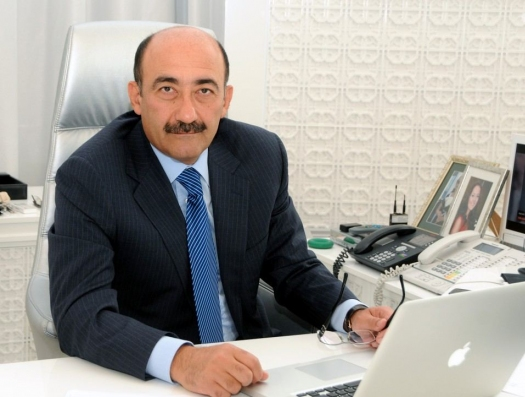 Ильхам Алиев уволил Абульфаза Гараева