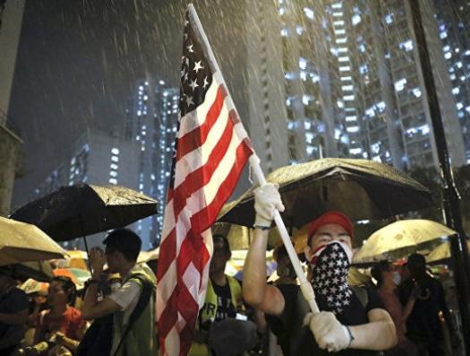 Трамп начинает войну за Гонконг