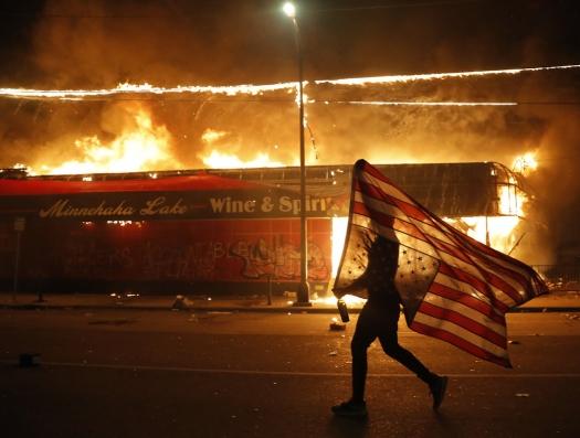Почему Америка не развалилась