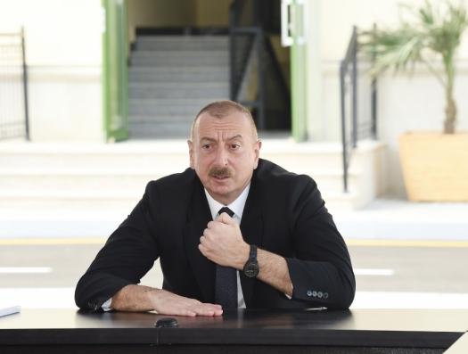 Ильхам Алиев сказал, что отдал приказ о демонтаже памятника 26 бакинских комиссаров