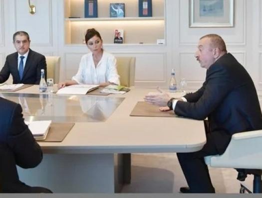 Неужели чиновники опять ждут Ильхама Алиева?