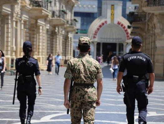 Особый карантинный режим начался в 16 городах и районах Азербайджана