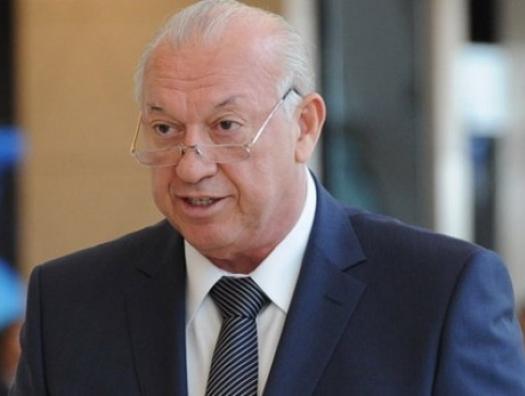 Ильхам Алиев наградил Джахангира Аскерова