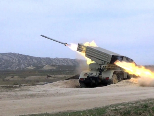 Армения и Азербайджан снова обменялись артиллерийскими ударами