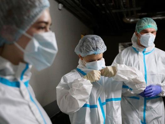 Коронавирус в России: 6422 новых инфицированных и 156 умерших за сутки