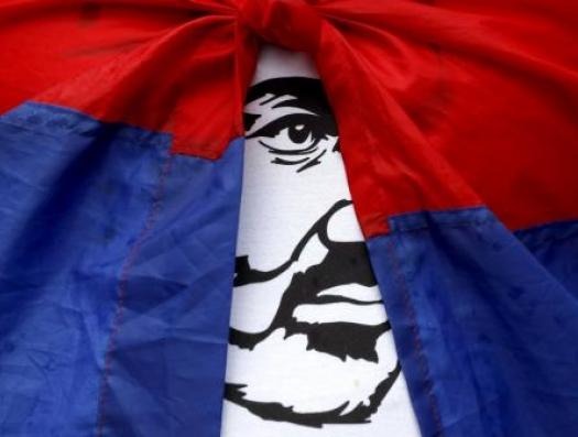 Надо постепенно отрываться от России