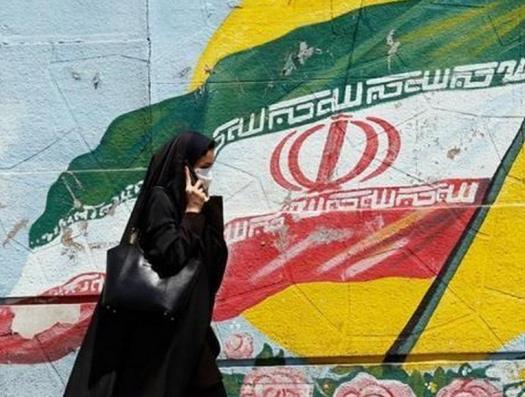 Иранская разведка обыграла монархистов