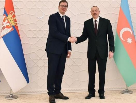 Президент Сербии позвонил Ильхаму Алиеву из-за поставок оружия в Армению