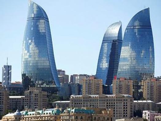 В Азербайджане восстановили работу магазинов и предприятий