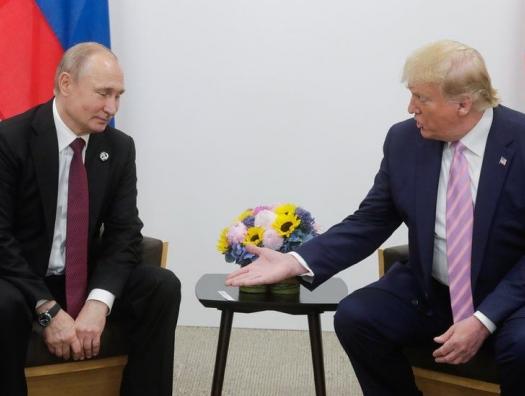 Американский политолог Леон Вайнштейн в интервью haqqin.az: «США объявили Россию врагом №2»