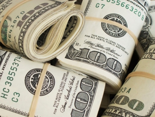 Азербайджанские деньги уходят в США