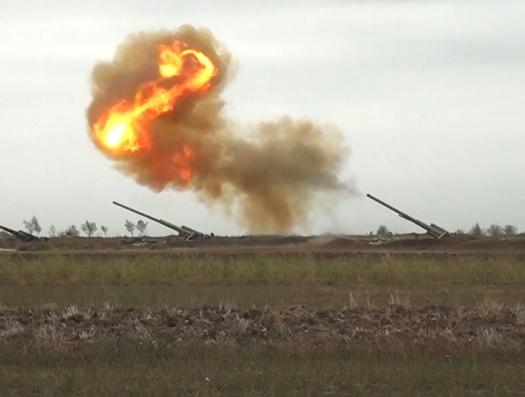 Азербайджанские солдаты обратили в бегство артиллеристов 5-го полка армянской армии
