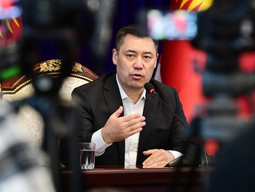 Киргизы привели к власти своего Шарапова - Жапарова