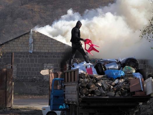 Армяне покидают Лачин