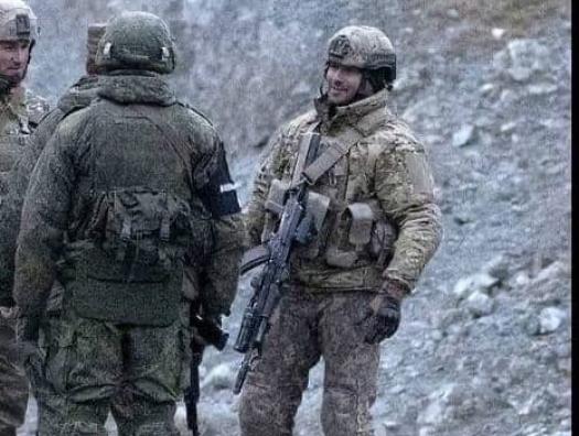 Тигран Абрамян: «Азербайджанские военные свободно проходят в Степанакерт!»