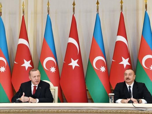 Эрдоган и Алиев приглашают Армению в новый союз