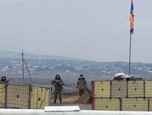 Армянские солдаты заслонили собой Агдере
