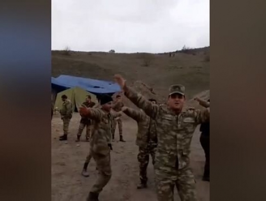 Азербайджанский солдат заслужил не критики, а поддержки!