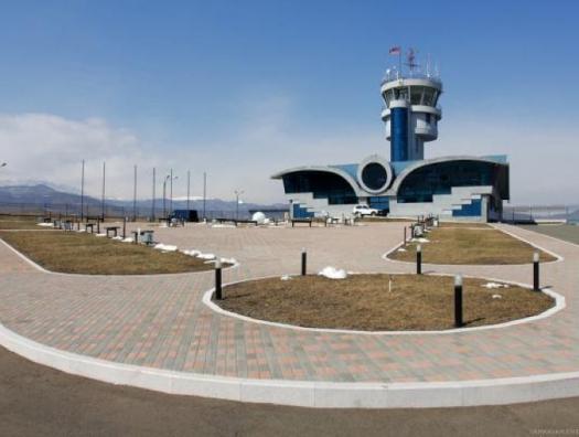 Что будет с Ходжалинским аэропортом?