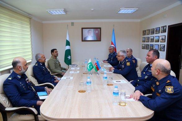 Маршал авиации Пакистана заявил о решающей роли турецких беспилотников во время войны в Карабахе