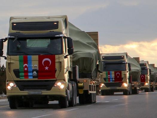 Минобороны Азербайджана заявило о совместных с Турцией учениях на границе с Арменией