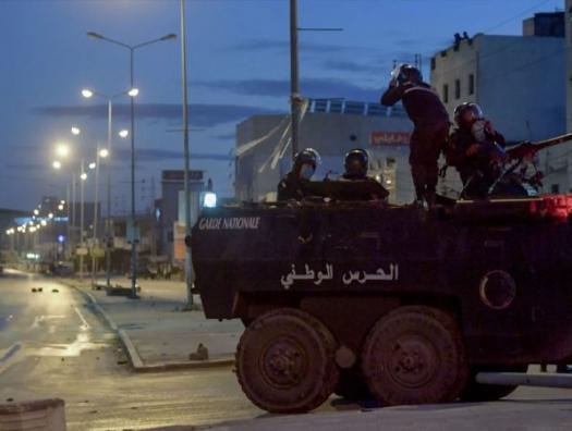 В колыбели арабской революции опять что-то клокочет
