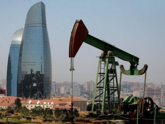 Экономика Азербайджана сжалась, чтобы выпрямиться