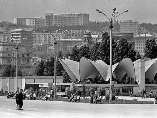 Счастье евреям, терпимость к армянам, дружба с русскими… И все это про Баку