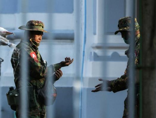 Год потрясений шагает по планете - и в Мьянме переворот