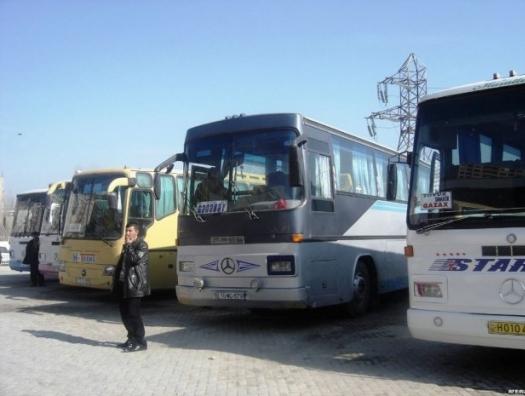 Владельцы междугородних автобусов: «Год не работаем, остались без заработка»