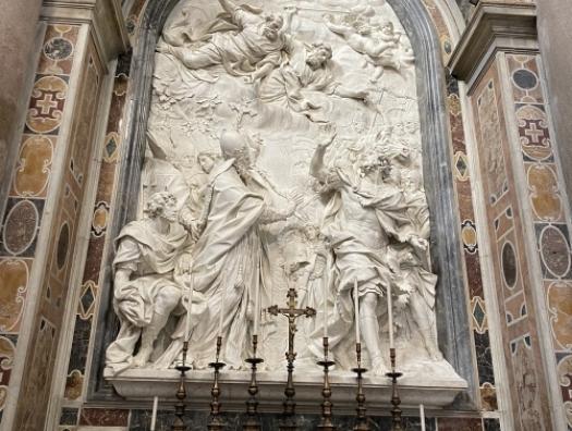 Азербайджан завершил реставрацию барельефа в базилике церкви Святого Петра в Ватикане