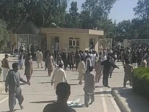 Все смешалось в иранском Белуджистане: контрабандисты, террористы и спецслужбы