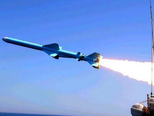 Кто обстрелял израильское судно?