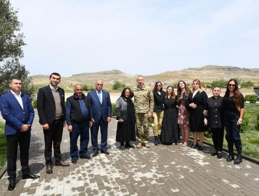 Ильхам Алиев встретился с жителями Зангилана