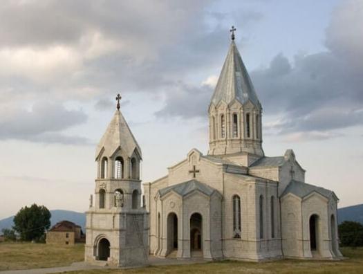 За судьбу церкви в Шуше в ответе азербайджанские христиане