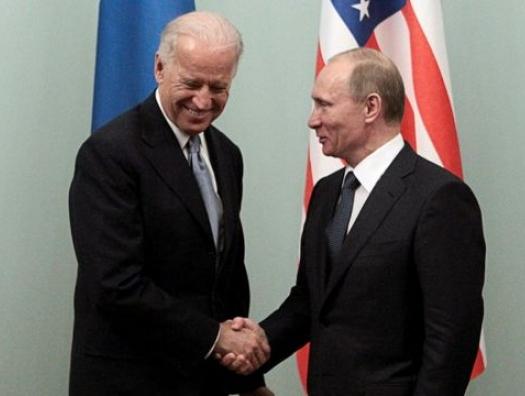 Байден и Путин могут выбрать Баку