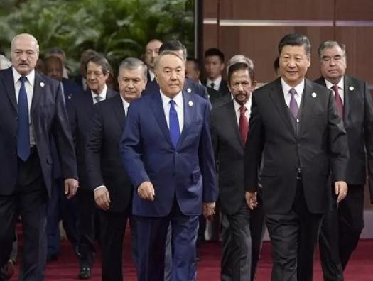 Китай появляется там, где есть интересы