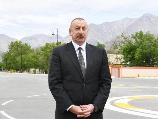 Ильхам Алиев рассказал, какой будет новая мечеть в Шуше