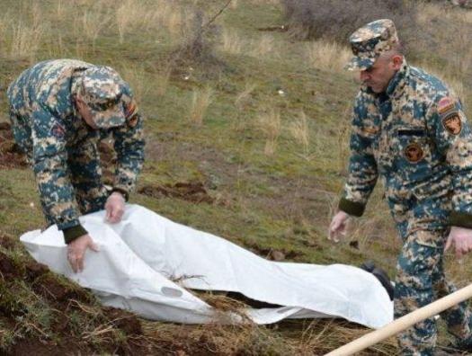 Кто убивает армянских солдат?