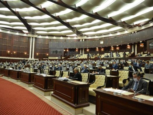 Депутаты восстали против банков: «24 процента годовых - это грабительство»