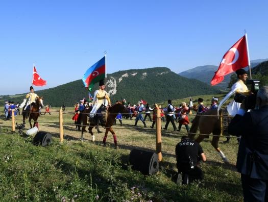 Эрдогану подарили карабахского скакуна по кличке «Победа»