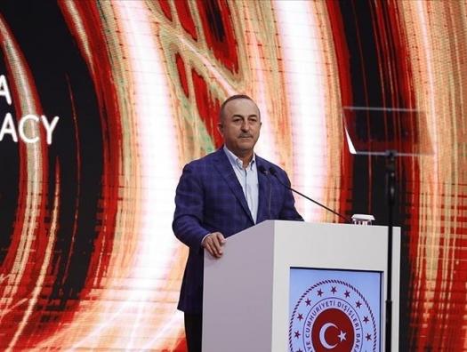 Чавушоглу: Армения должна перестать выдвигать территориальные претензии к соседям