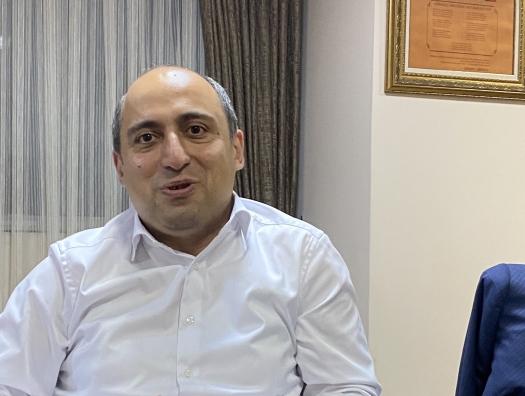 Министр образования спросил Эйнуллу Фатуллаева: «Сколько в Азербайджане богатых людей?»