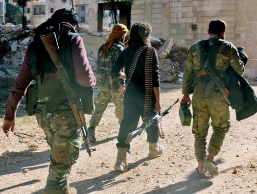 Афганские солдаты бегут от талибов в Таджикистан, чтобы убежать в Европу