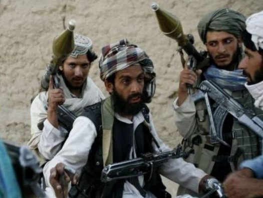 За считанные дни Афганистан вернулся в 1992 год: маршал Дустум ранен, ополчения встретили талибов штыками