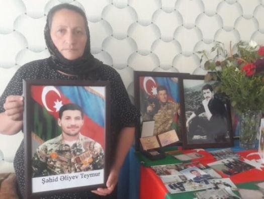 Иман Алиев бросил жену и сына. Прошло 26 лет. Он вернулся за деньгами героя-сына