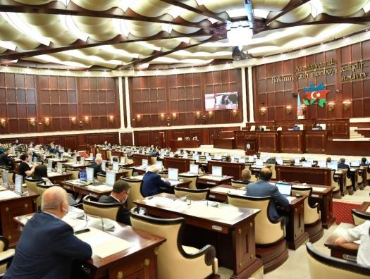 Жаркие споры о Зангезуре в парламенте… Но все завершили по-быстрому